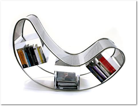 Dondola - Cadeira de balanço porta-livros