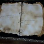 O livro encontrado pela Sociedade do Anel dentro das Minas de Moria